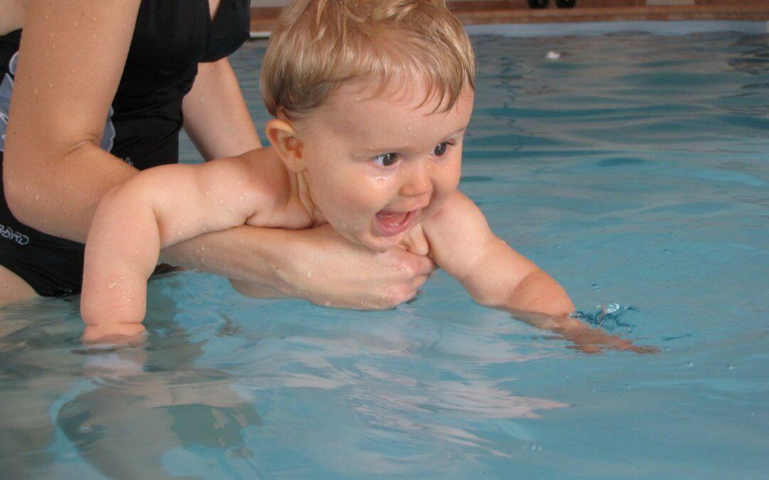 Babyschwimmen – Spiel und Spaß für die Allerkleinsten